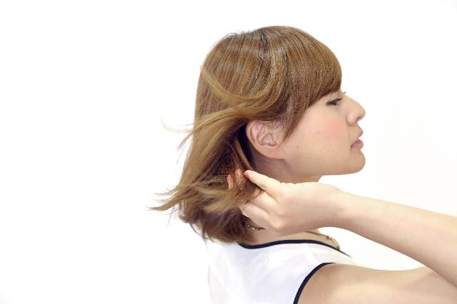 髪の毛がきれいな女性