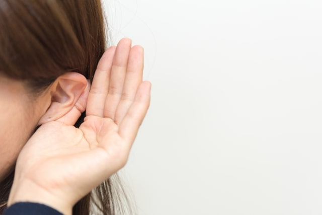 あさイチで紹介、耳の水抜きの方法。もう一度入れると簡単に取れる!