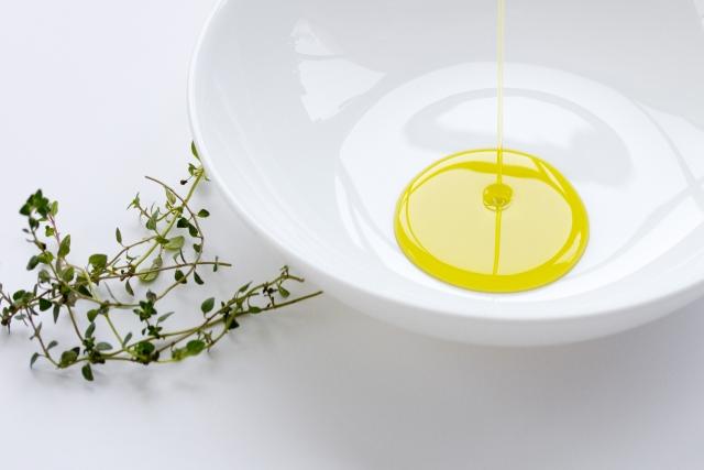 オリーブオイルの保湿クリームの作り方