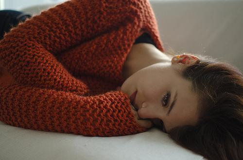 セーターの毛玉を取る方法