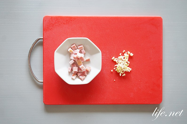 得する人損する人のカルボナーラの作り方。小林シェフの簡単レシピ。