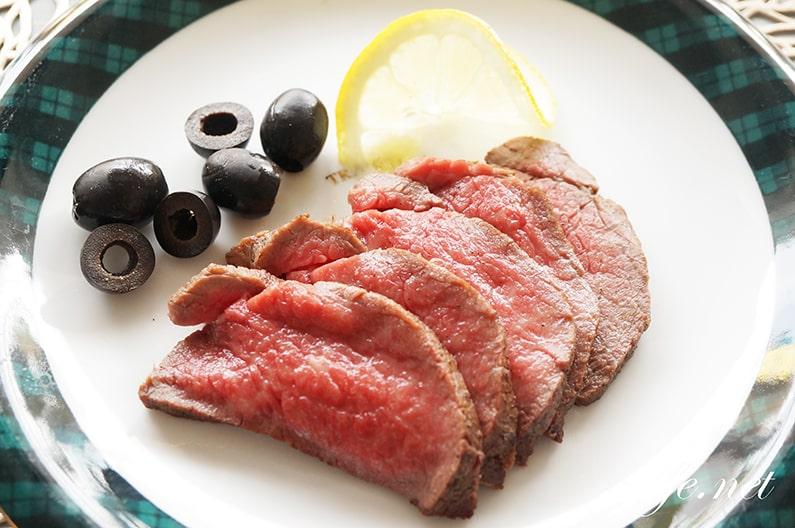志麻さんのローストビーフのレシピ。炊飯器で簡単にできる作り方。