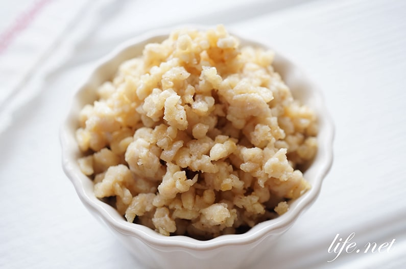 鶏そぼろの簡単な作り方とアレンジレシピ。作り置きにも便利!