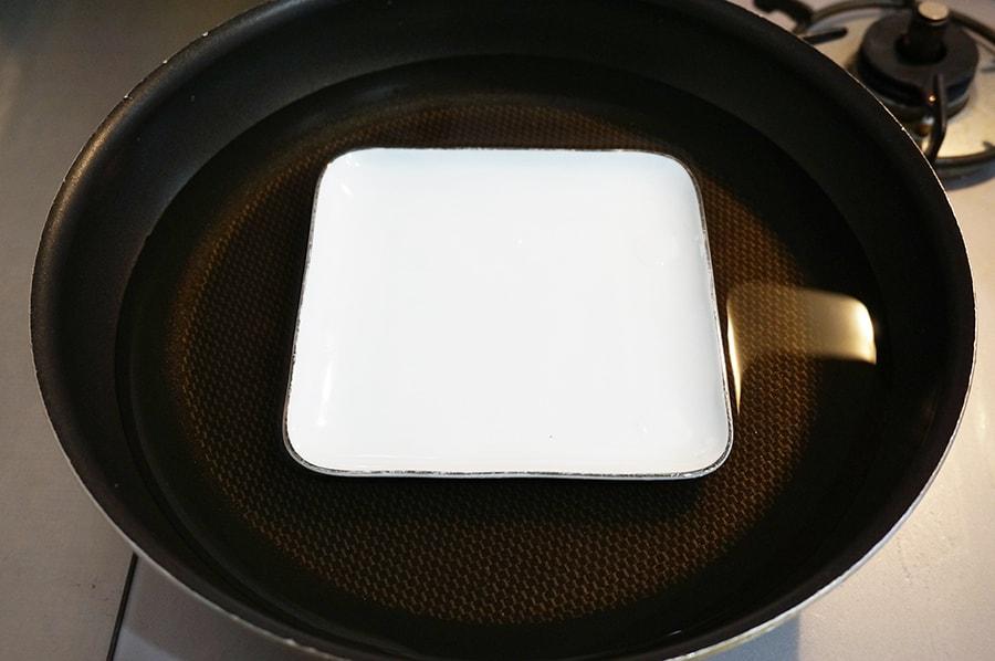 蒸し器の代用フライパンで
