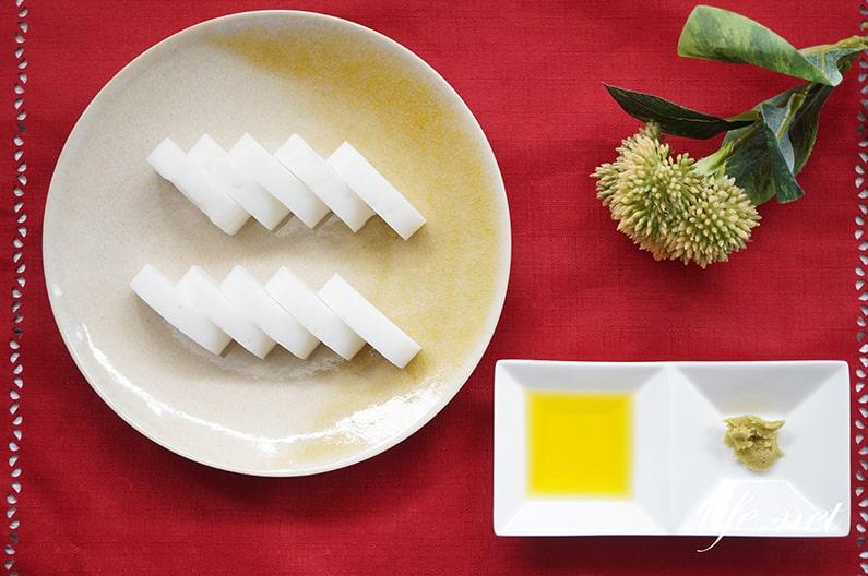 かまぼこのおいしい食べ方。わさびとオリーブオイルが超絶品。