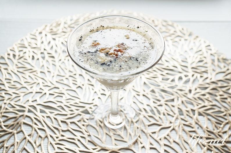 黒ごま甘酒のレシピ。くるみ入りで健康長寿に効果的。