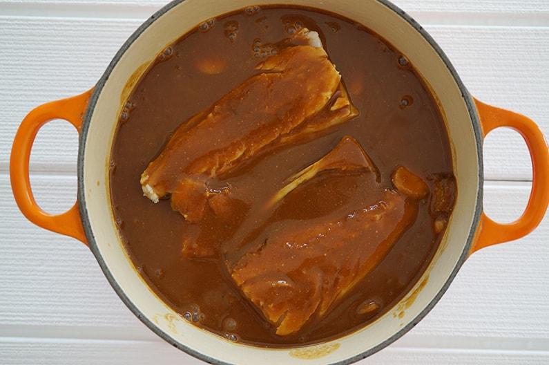 玉ねぎを使ったサバの味噌煮の作り方