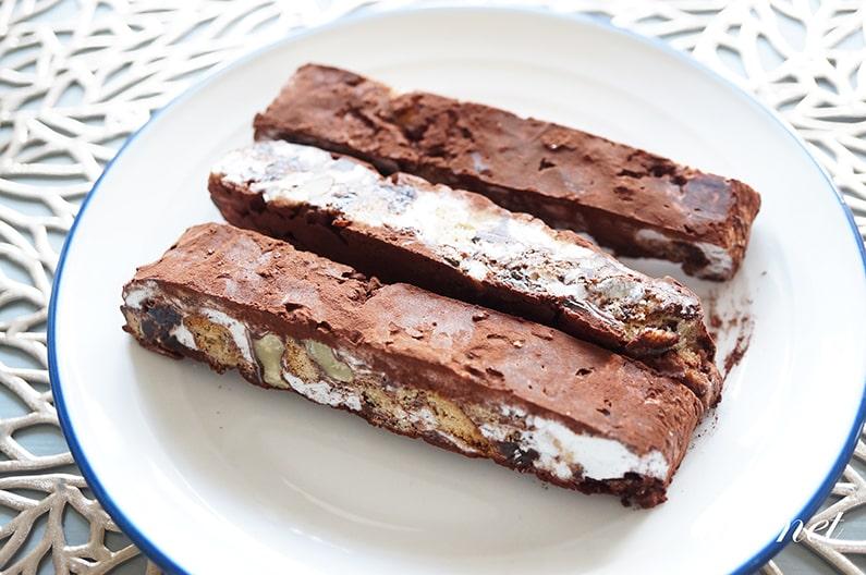 マシュマロチョコレートバーヌガー風のレシピ。混ぜて冷やすだけで簡単!