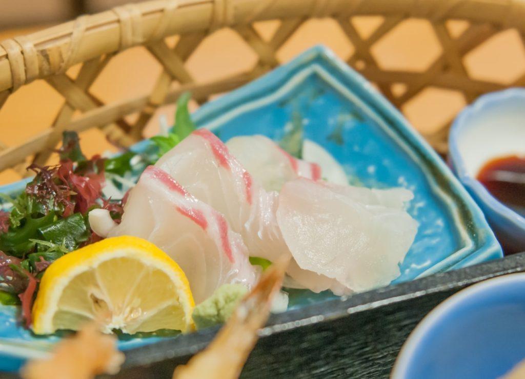 鯛の昆布締めのレシピ。あさイチで話題の作り方。