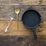 鉄鍋調理のコツ。予熱の仕方と炒め方のポイントも紹介。