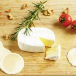 電子レンジで出来るチーズフォンデュのレシピ。教えてもらう前と後で紹介。