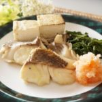 大原千鶴さんの鯛の昆布蒸しのレシピ。NHKきょうの料理で紹介。