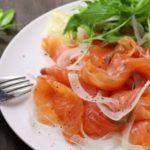 切り干し大根とサーモンのトマトサラダのレシピ。世界一受けたい授業で話題。
