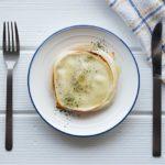 あさイチの餃子の皮タワー風ラザニアのレシピ。重ねて焼くだけ。