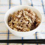 冷凍きのこの炊き込みご飯のレシピ。教えてもらう前と後で紹介。