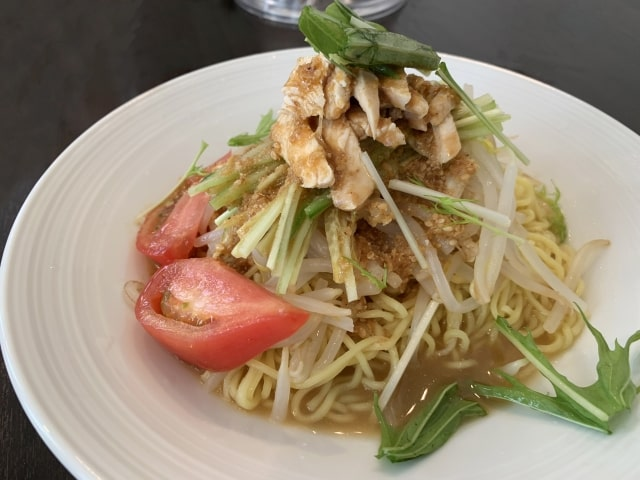 あさイチのよだれ鶏の冷やし中華のレシピ。鶏胸肉で本格的な作り方。