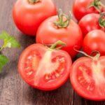 トマトの種が出ない切り方。教えてもらう前と後で話題、栄養が逃げない!