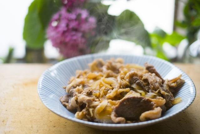 2分で!豚の生姜焼きのレシピ。林修の今でしょ講座で話題の作り方。