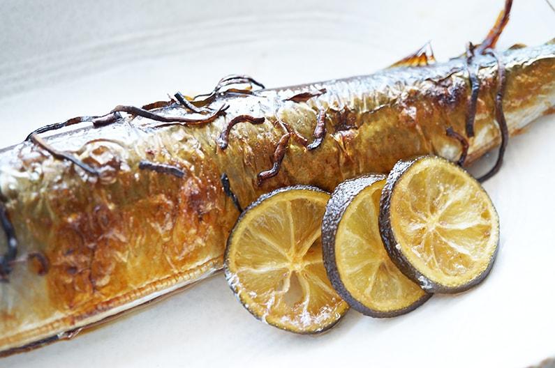 サンマの塩昆布焼きのレシピ。ヒルナンデスで話題の漬けるだけ