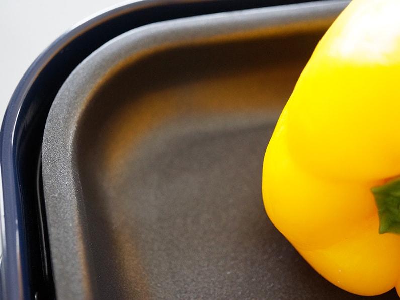 男子ごはんのピーマンとチーズの豚ロース焼きのレシピ。ホットプレートで。