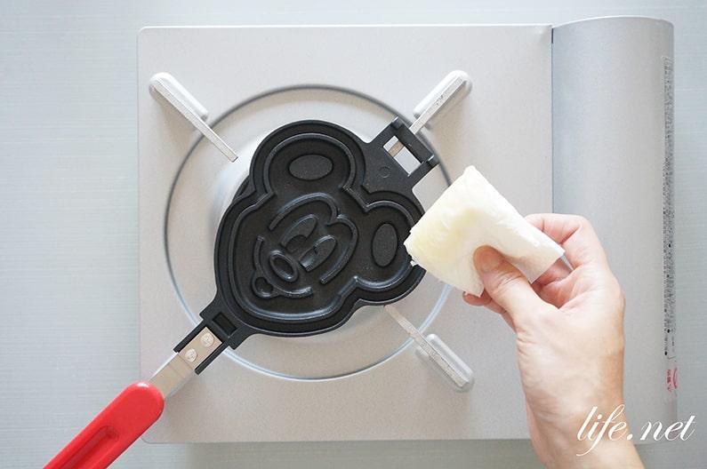 ミッキーワッフルの再現レシピ。焼き方のコツと作り方を紹介。