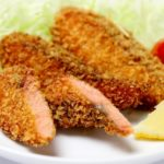 男子ごはんの鮭のフライ和風タルタルソースのレシピ。秋の和定食に。
