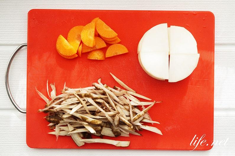 粕汁の作り方。人気の酒粕の味噌汁のレシピ3品を紹介。