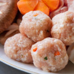 鶏団子はでふわふわに。ソレダメ!で話題のレシピ。