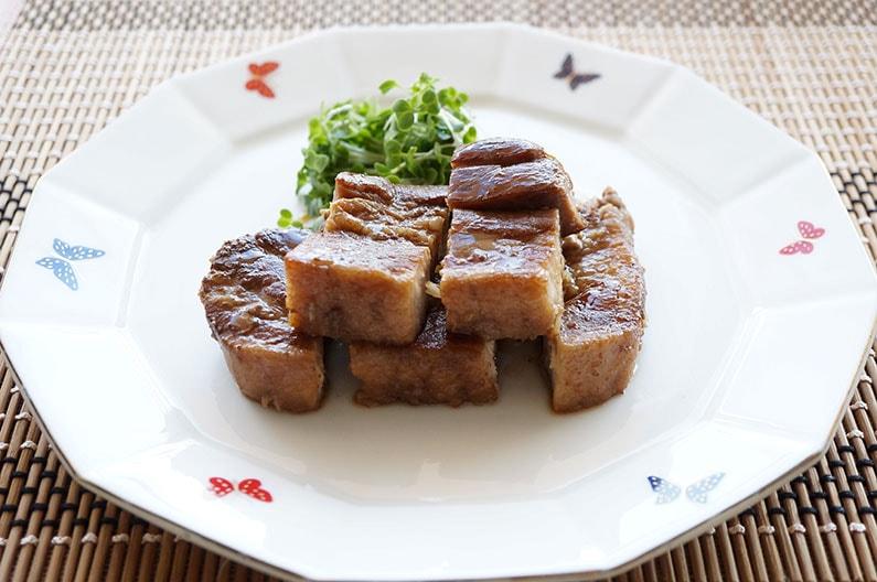 男子ごはんの豚の花椒角煮のレシピ。角煮に花椒のアクセント。