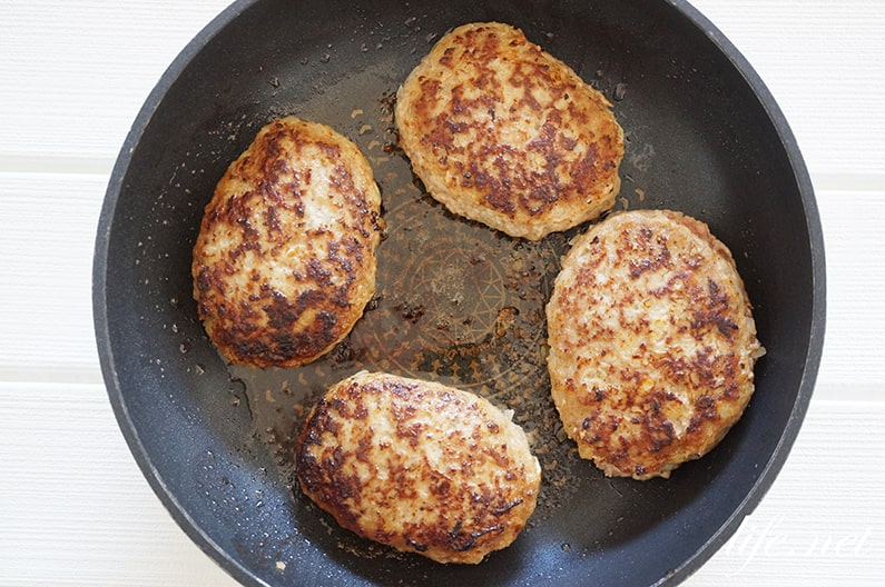 あさイチのトマト煮込みハンバーグのレシピ。トマト缶でプロの味。