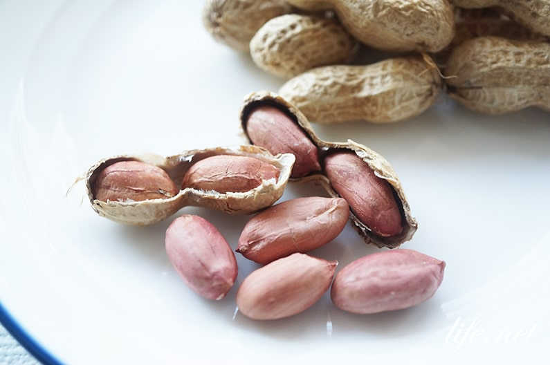 生落花生の炒りピーナッツの作り方。オーブン・レンジ・フライパンで。