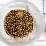 実山椒の醤油漬けの作り方と活用レシピを紹介。半年間保存可能。