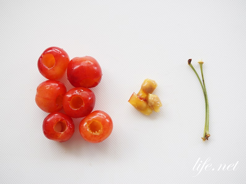 さくらんぼの種の簡単な取り方。専用の道具なしで取れる方法を紹介。