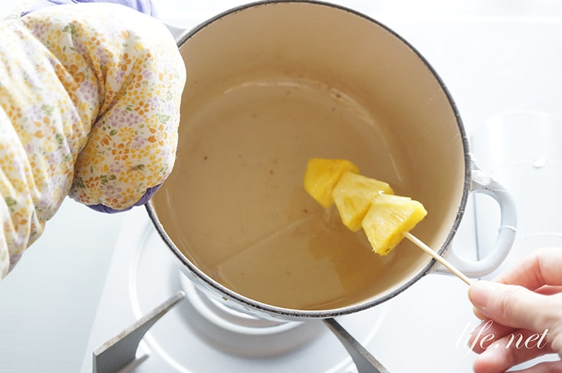 失敗しないフルーツ飴の作り方。固まらないのは砂糖と水の割合が原因。
