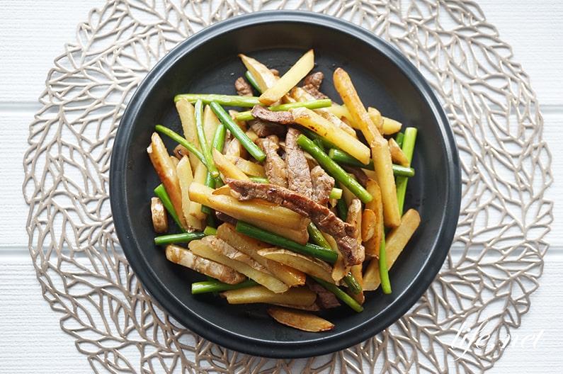 志麻さんの生姜のチンジャオロースーのレシピ。生姜が主役の大人の味。