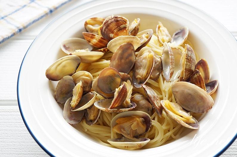 志麻さんのボンゴレビアンコのレシピ。絶品になるプロのコツを紹介。